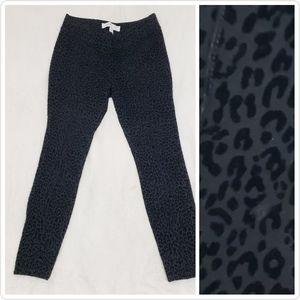 Old Navy Stevie Solid Black Leopard Print Pants